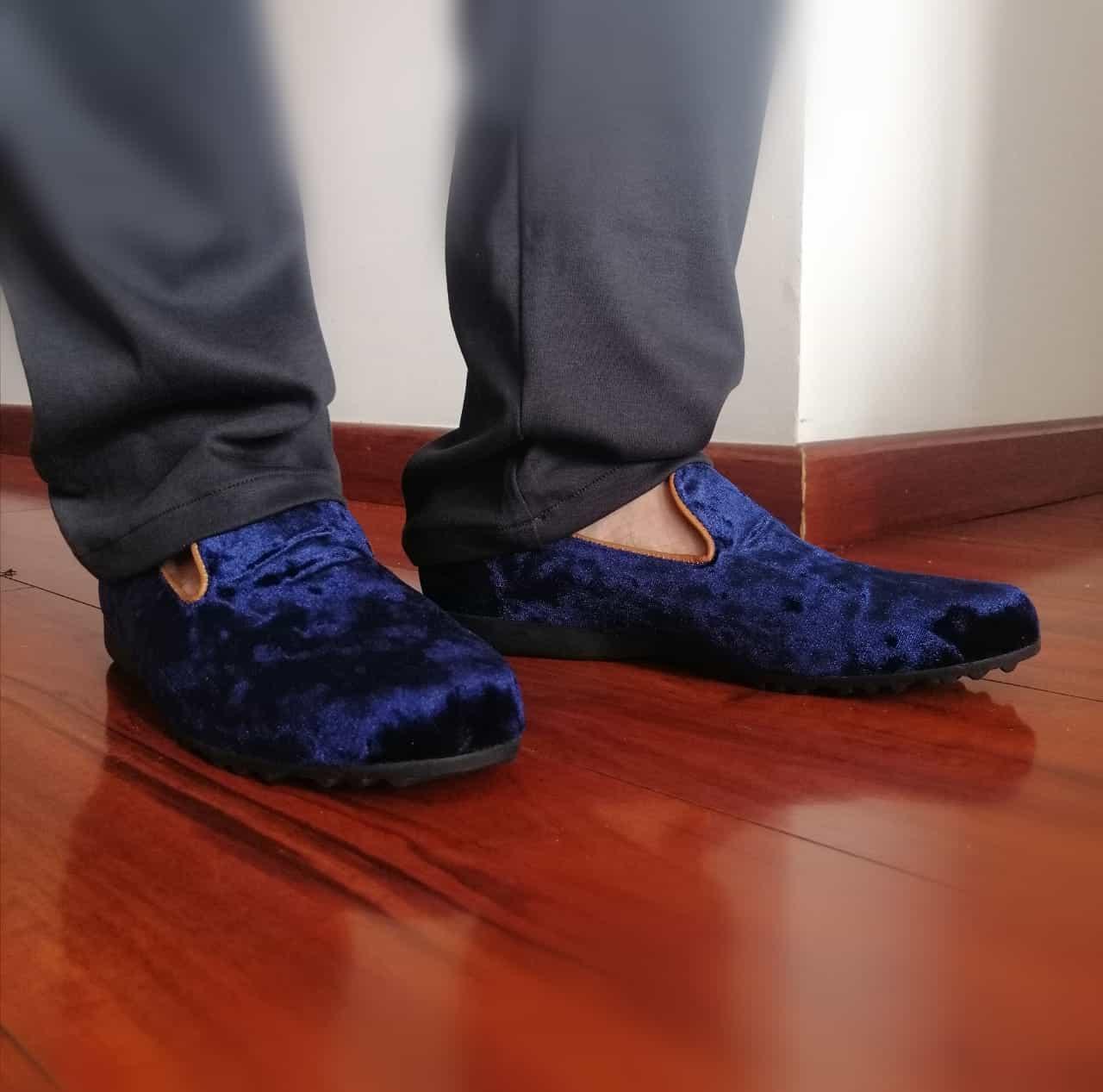 Andres Orozco - Diseño de ropa a la medida para hombre y mujer - Pantuflas